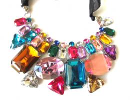 colar colorido1