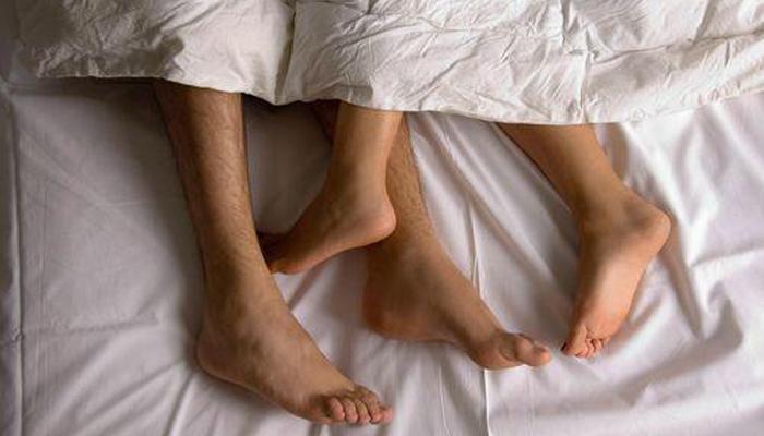 Sexo entre amigos pode fortalecer a amizade, diz estudo