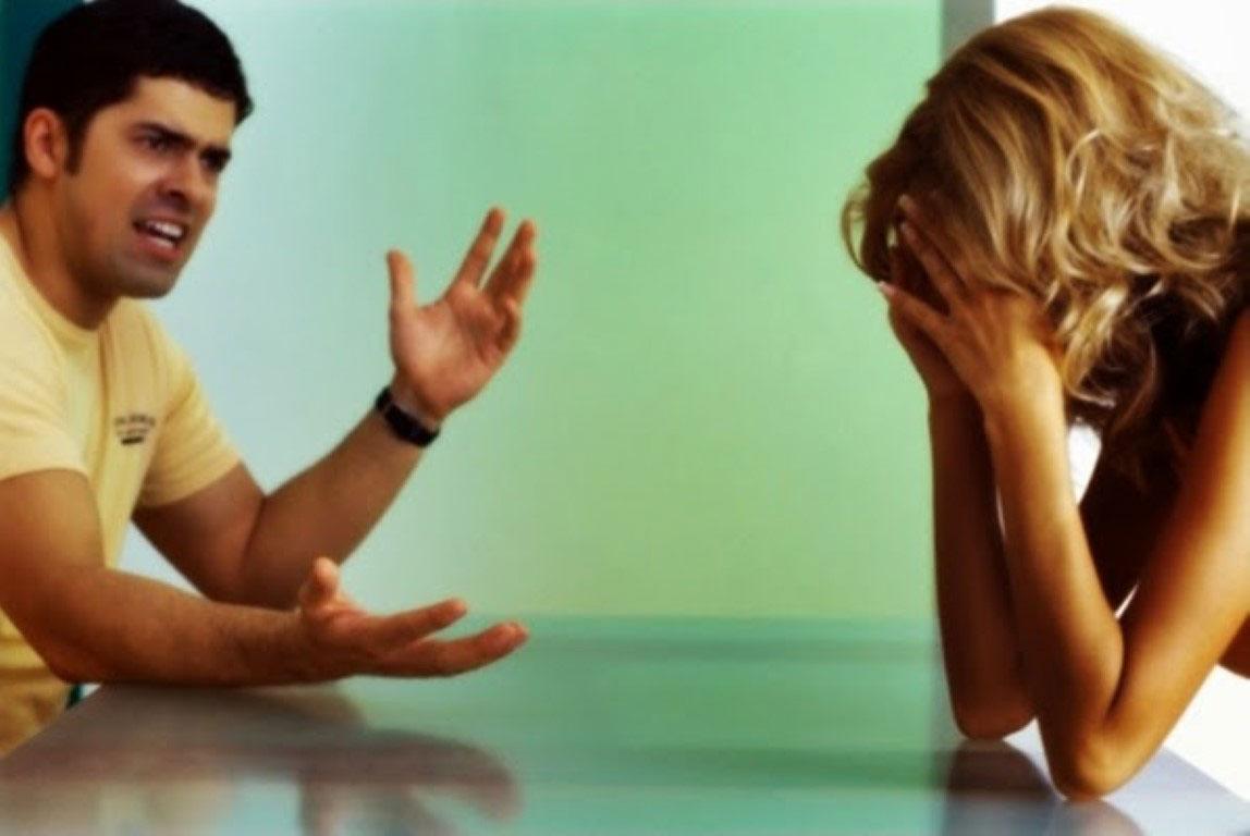 Os problemas que podem ocorrer quando ele tem ciúmes do seu ex