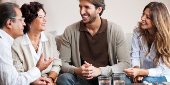 Resultado de imagem para conhecendo os pais do namorado