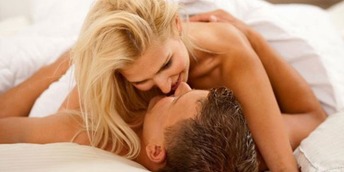 Como falar sacanagem durante o sexo