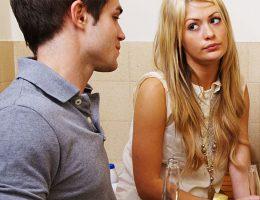 casal se olhando